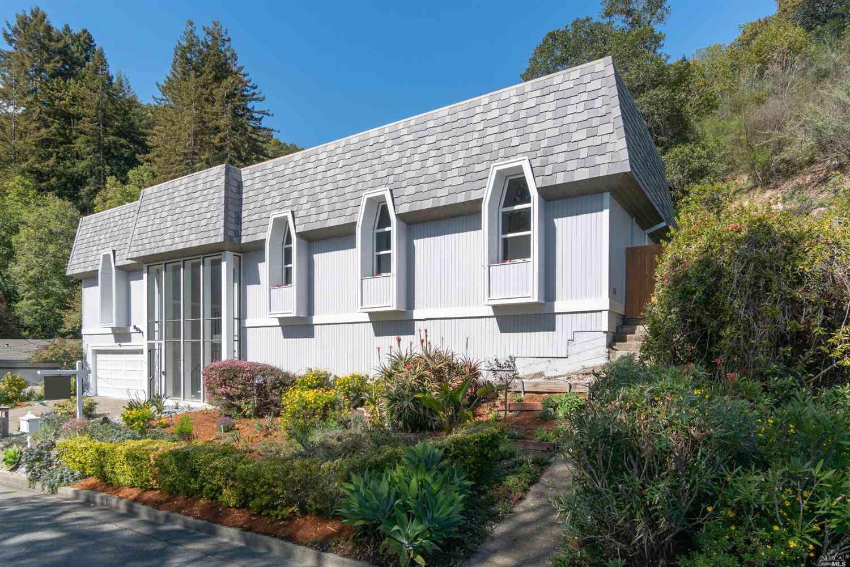75 Convent Court, San Rafael, CA, 94901,