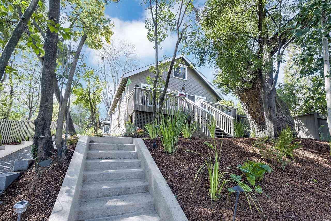 1385 Sir Francis Drake Boulevard, San Anselmo, CA, 94960,