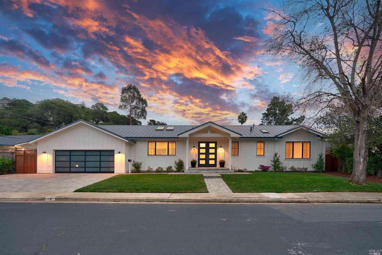 12 Castlewood Drive, San Rafael, CA, 94901,