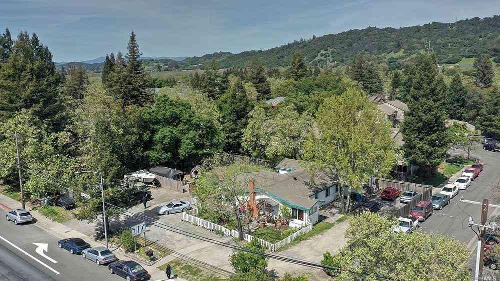 5270 Old Redwood Highway, Santa Rosa, CA, 95403,