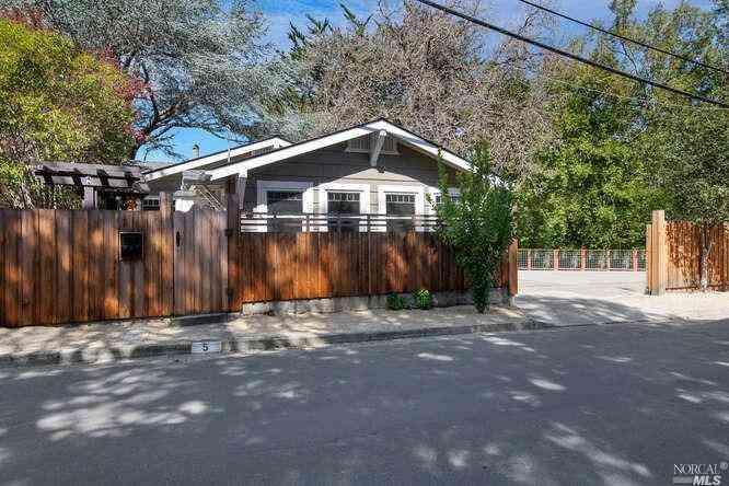 5 Caletta Avenue, San Anselmo, CA, 94960,