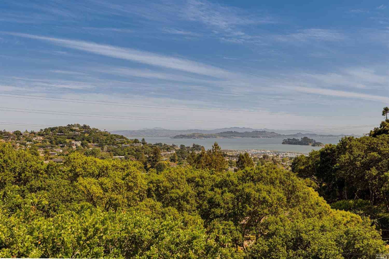 1 Morgan Lane, San Rafael, CA, 94901,