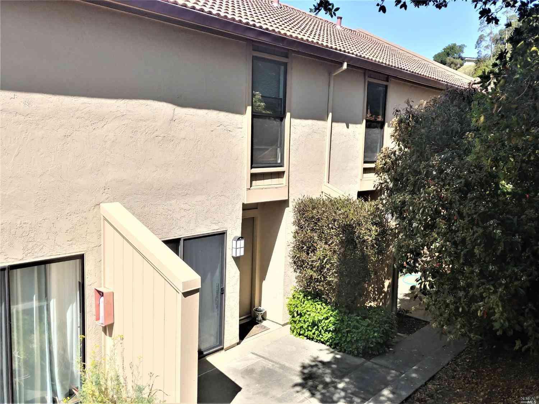 100 Marin Center Drive #71, San Rafael, CA, 94903,