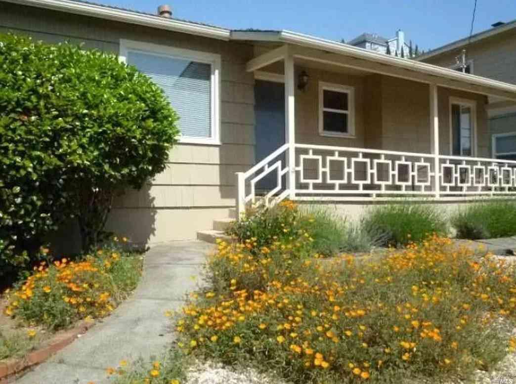 132 AUBURN Street, San Rafael, CA, 94901,