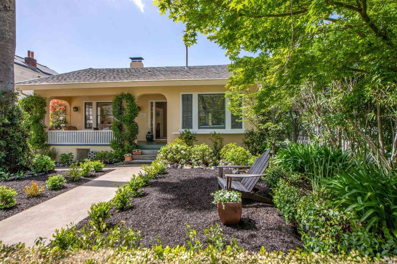 329 G Street, San Rafael, CA, 94901,