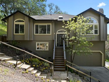 9400 Chalk Hill Road, Healdsburg, CA, 95448,