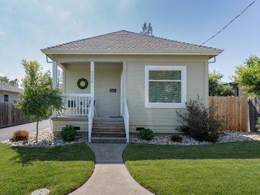 2295 Adrian Street, Napa, CA, 94558,