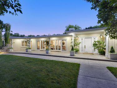 60 Loma Vista Drive, Sonoma, CA, 95476,