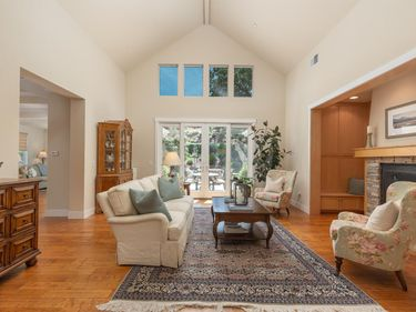 Sunny Living Room, 210 Club Drive, Novato, CA, 94945,