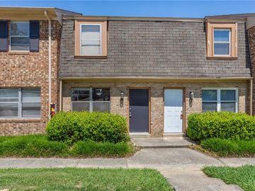 3923 Overland Heights #G, Greensboro, NC, 27407,