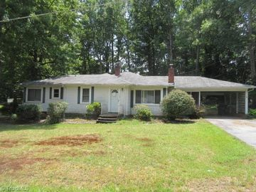 124 Pinecrest Drive, Archdale, NC, 27263,