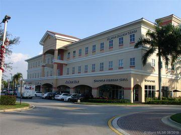 15800 Pines Blvd #319, Pembroke Pines, FL, 33027,