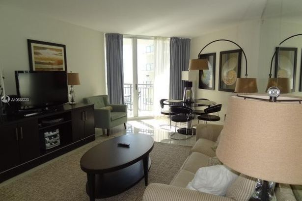 17375 Collins Ave #2303
