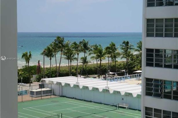 5151 Collins Ave #928