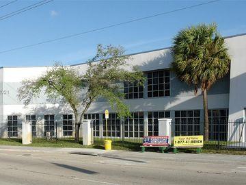 3001 Griffin Rd #A, Dania Beach, FL, 33312,