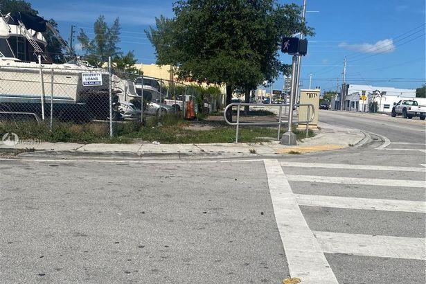 FL 934 7927 NW 10th Court, Miami, FL