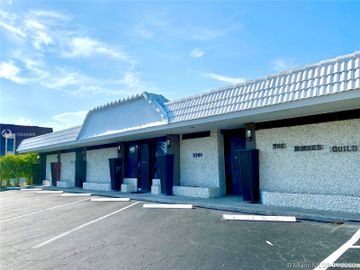 2261 NE 36th St #2, Lighthouse Point, FL, 33064,