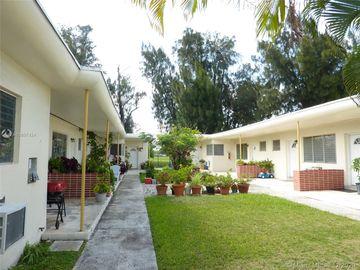 275 S Shore Dr, Miami Beach, FL, 33141,