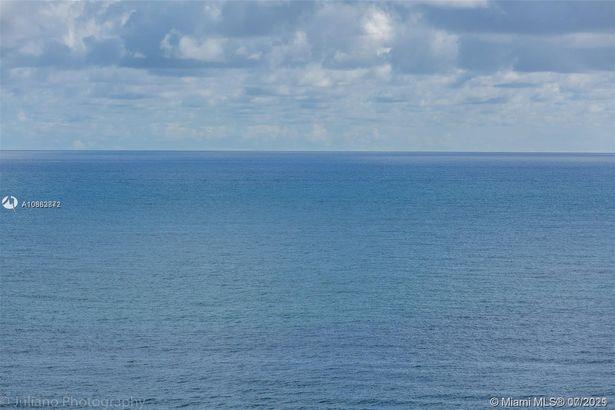 3800 S Ocean Dr #1512A