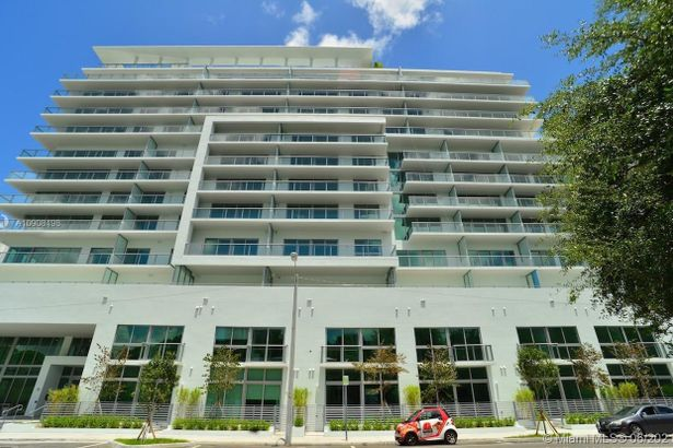 1600 SW 1st Ave #705