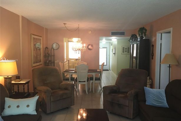 2998 NW 48th Ter #421