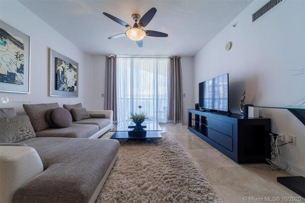 16699 Collins Ave #2304