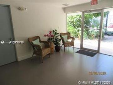 221 Meridian Ave #406, Miami Beach, FL, 33139,