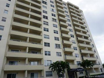 900 NE 18th Ave #404, Fort Lauderdale, FL, 33304,