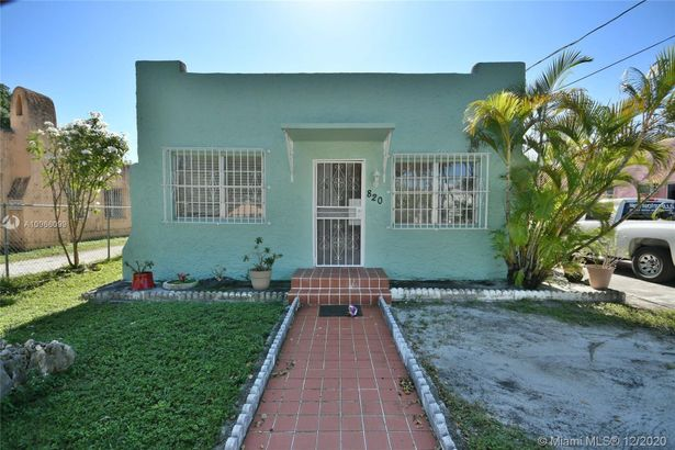 820 NW 29th St