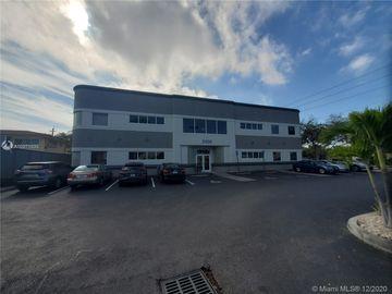 2100 NE 36th St #202, Lighthouse Point, FL, 33064,