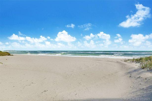 443 Ocean Blvd