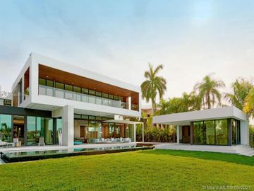 135 Palm Ave, Miami Beach, FL, 33139,