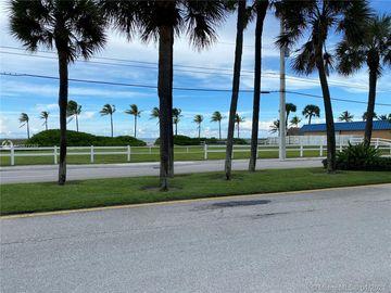 2731 NE 14th St Cswy #209, Pompano Beach, FL, 33062,