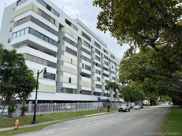 2950 SW 3rd Ave #8B, Miami, FL, 33129,
