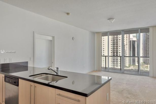 1111 SW 1st Ave #2322N