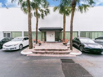 2801 Greene St #Upstairs, Hollywood, FL, 33020,