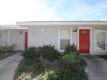 513 Pine Ridge Ave, Lantana, FL, 33462,