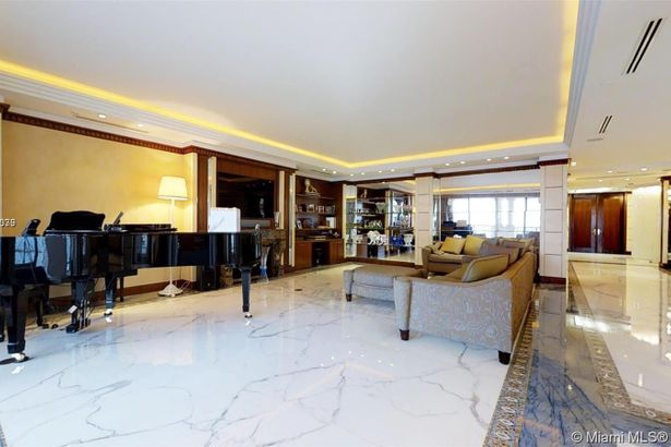 7471 Fisher Island Dr #7471