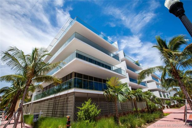 300 Collins Ave #PH-TWO