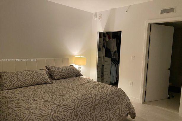 1300 S Miami Ave #1105