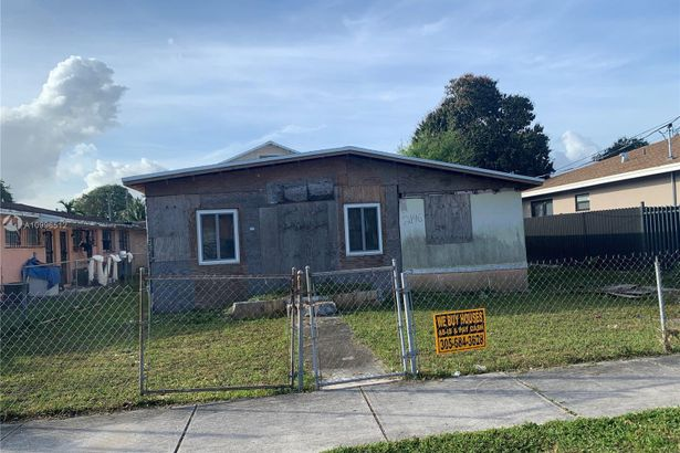 2146 NW 58th St
