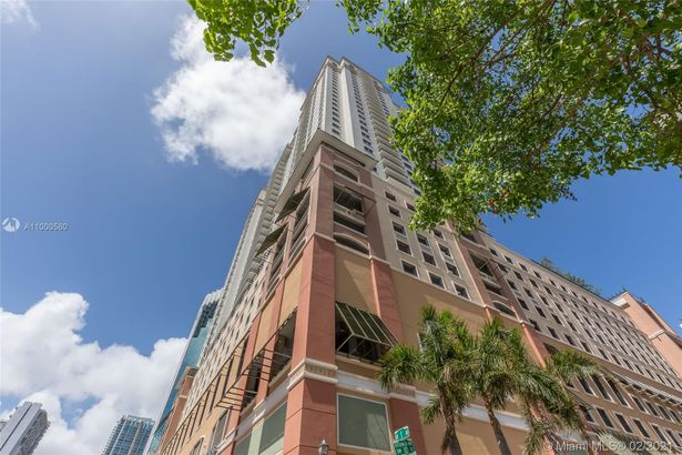 999 SW 1st Ave #2601