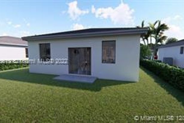 104 NW 31st Ave