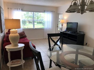 3505 NW 48th Ave #409, Lauderdale Lakes, FL, 33319,