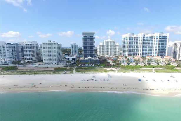 5875 Collins Ave #1908