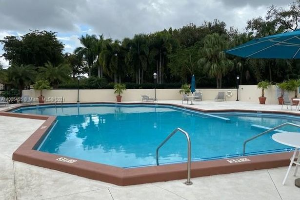 9340 NW 48th Doral Ter #9340