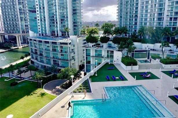350 S Miami Ave #3915