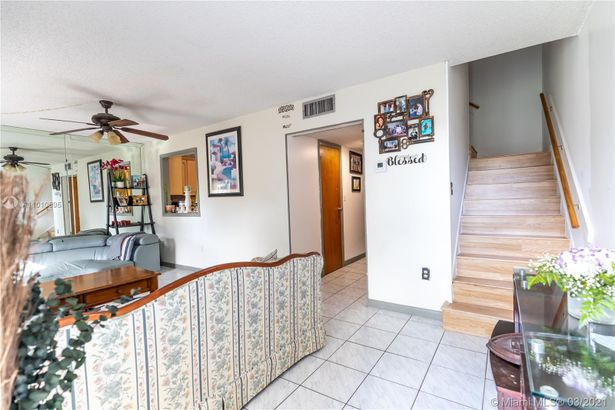 3050 NW 106th Ave #3