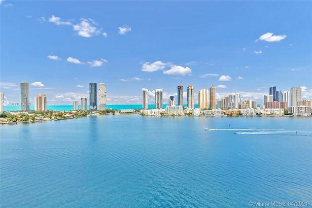 5000 Island Estates Dr #1507