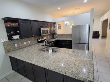 3925 NW 88th Ter, Coral Springs, FL, 33065,